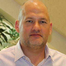 Steve Henry ,Magna International